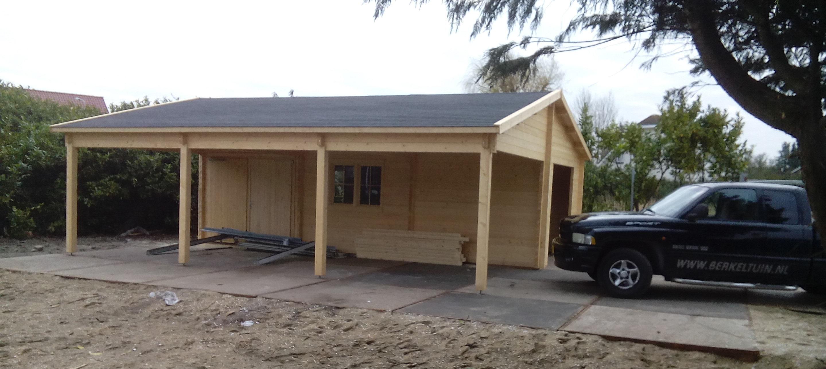 Blokhut met garage en veranda tegelcentrum for Garage con veranda